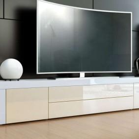 Белая тумба под современный телевизор