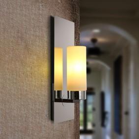 Стеклянный светильник с матовым плафоном