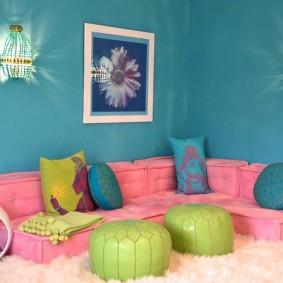 Розовая мебель бескаркасного типа