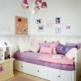 Диван-кровать с глубокими выдвижными ящиками