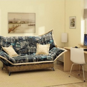 Комната ребенка подросткового возраста с диваном