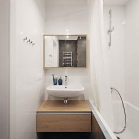 Подвесная тумба в ванной комнате