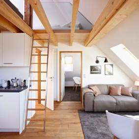 Деревянные балки в интерьере квартиры