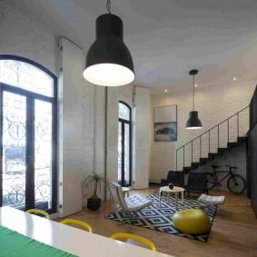 Черный плафон потолочного светильника
