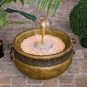 Мини-фонтан в старинном стиле