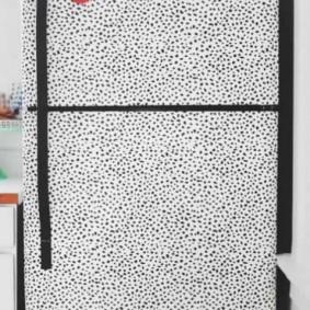 Оклейка холодильника ламинированной пленкой