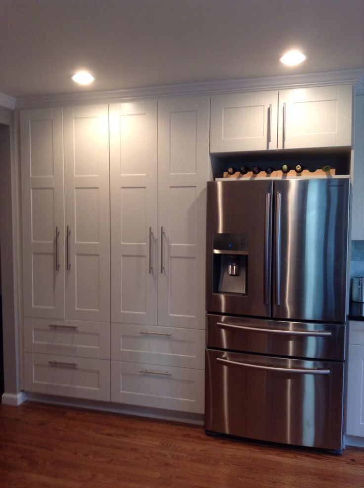 вариант как спрятать холодильник в прихожей фото конструкции, предусматривающие окончание