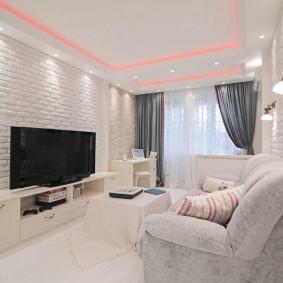 Яркая комната в современном стиле