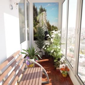 Деревянная скамейка на балконе с ПВХ-остеклением