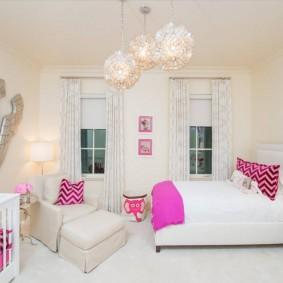 Отделка стен детской комнаты в белый цвет