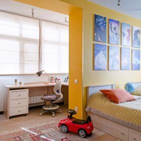Желтая стена в детской комнате
