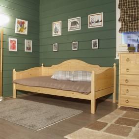 Диван-кровать в спальне девочки