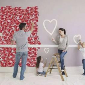 Декор стен комнаты вместе с детьми