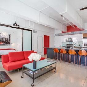 Красный диван раскладной конструкции