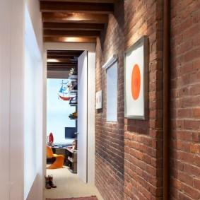 Интерьер коридора в стиле лофт