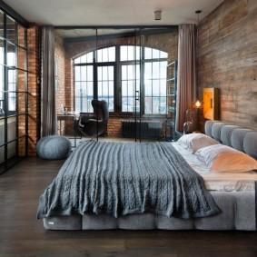Спальня с кабинетом в стиле лофт