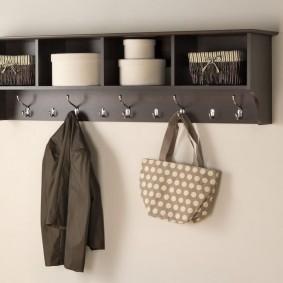Полка с вешалкой для верхней одежды