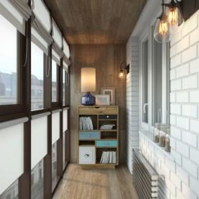 Дизайн закрытого балкона с деревянным потолком