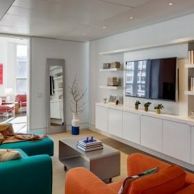 Интерьер проходной комнаты в частном доме