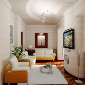 Узкая гостиная в малогабаритной квартире