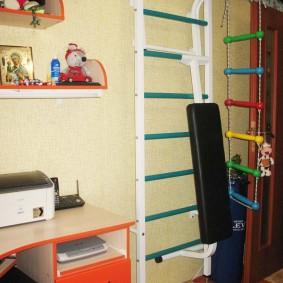 Веревочная лесенка с пластиковыми перекладинами