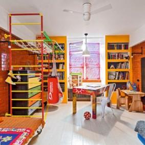 Яркие декорации в интерьере детской комнаты