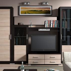 Стильная мебель с фасадами из комбинированных материалов