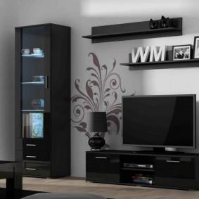 Черная мебель модульного типа