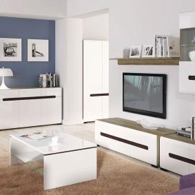 Простая мебель для комнаты в скандинавском стиле