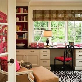 Интерьер домашнего кабинета в частном доме