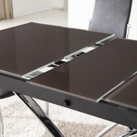 Полированные столешницы раздвижного стола