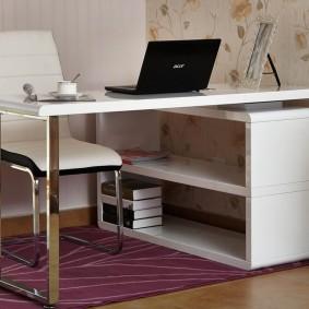 Раскладной стол для рабочего кабинета