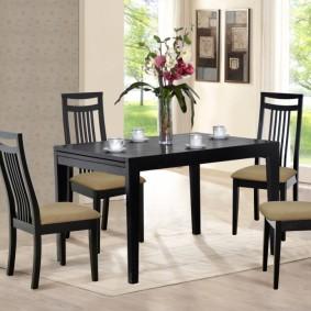 Обеденная мебель в черном цвете