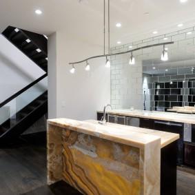 Столешницы из натурального камня в интерьере кухни