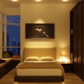 Встроенные шкафы в угловой спальне