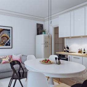 Кухонная зона в квартире студии