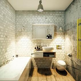 Кирпичные стены в ванной комнате