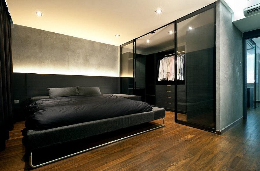 Гардероб в спальне мужской квартиры