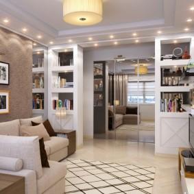 Встроенные стеллажи в проходной гостиной