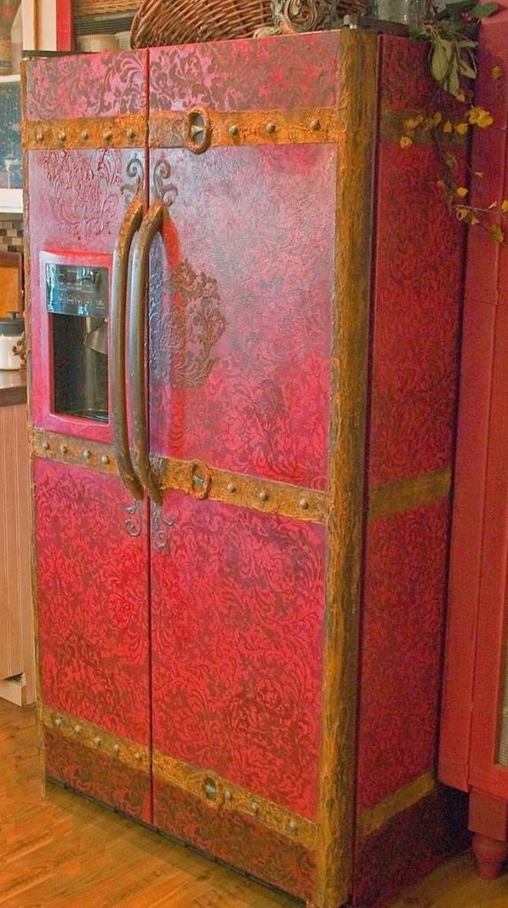 Роспись холодильника в стиле лофта