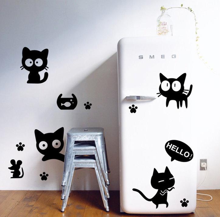 Черные виниловые наклейки на холодильнике в ретро-стиле
