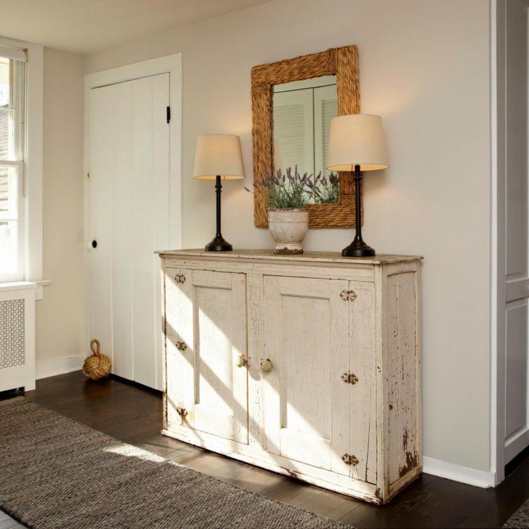Мебель для прихожей в стиле кантри