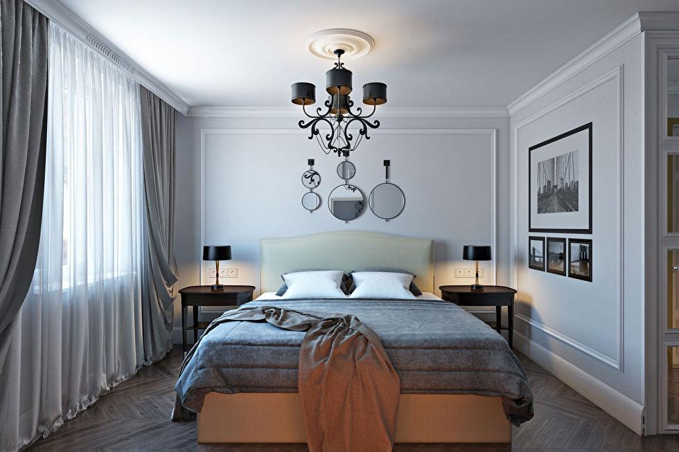 Люстра на потолке неоклассической спальни
