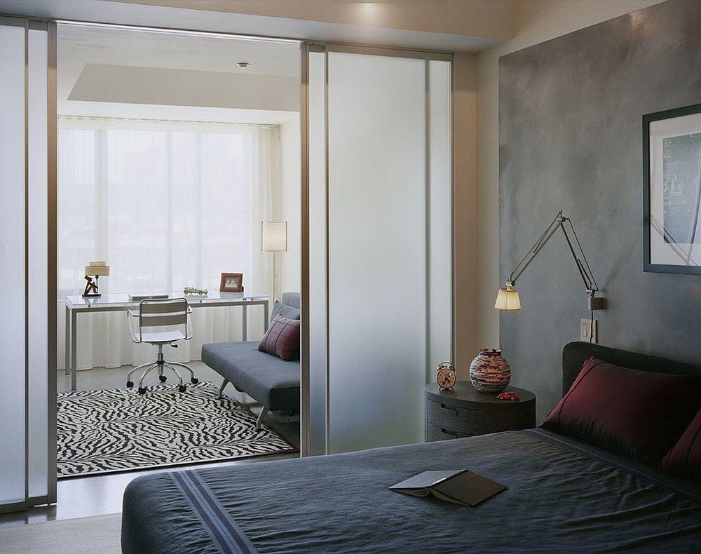Матовая перегородка между спальней и гостиной