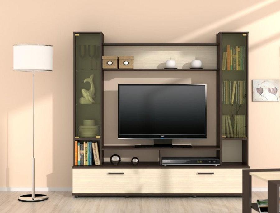 Компактная стенка с телевизором в гостиной