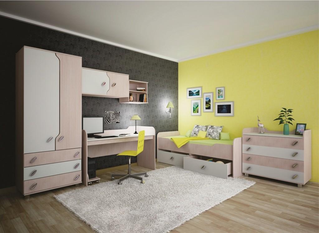 Желтая стена в детской с модульной мебелью