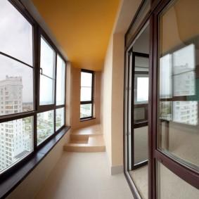 остекление балконов и лоджий варианты идеи