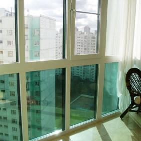остекление балконов и лоджий в квартире фото