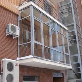 остекление балконов и лоджий в квартире фото идеи