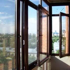остекление балконов и лоджий в квартире варианты